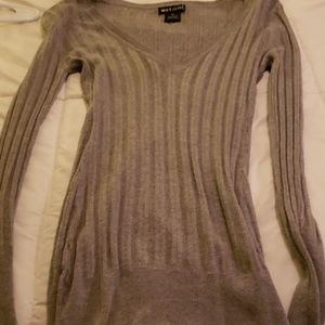 Wet seal med sweater